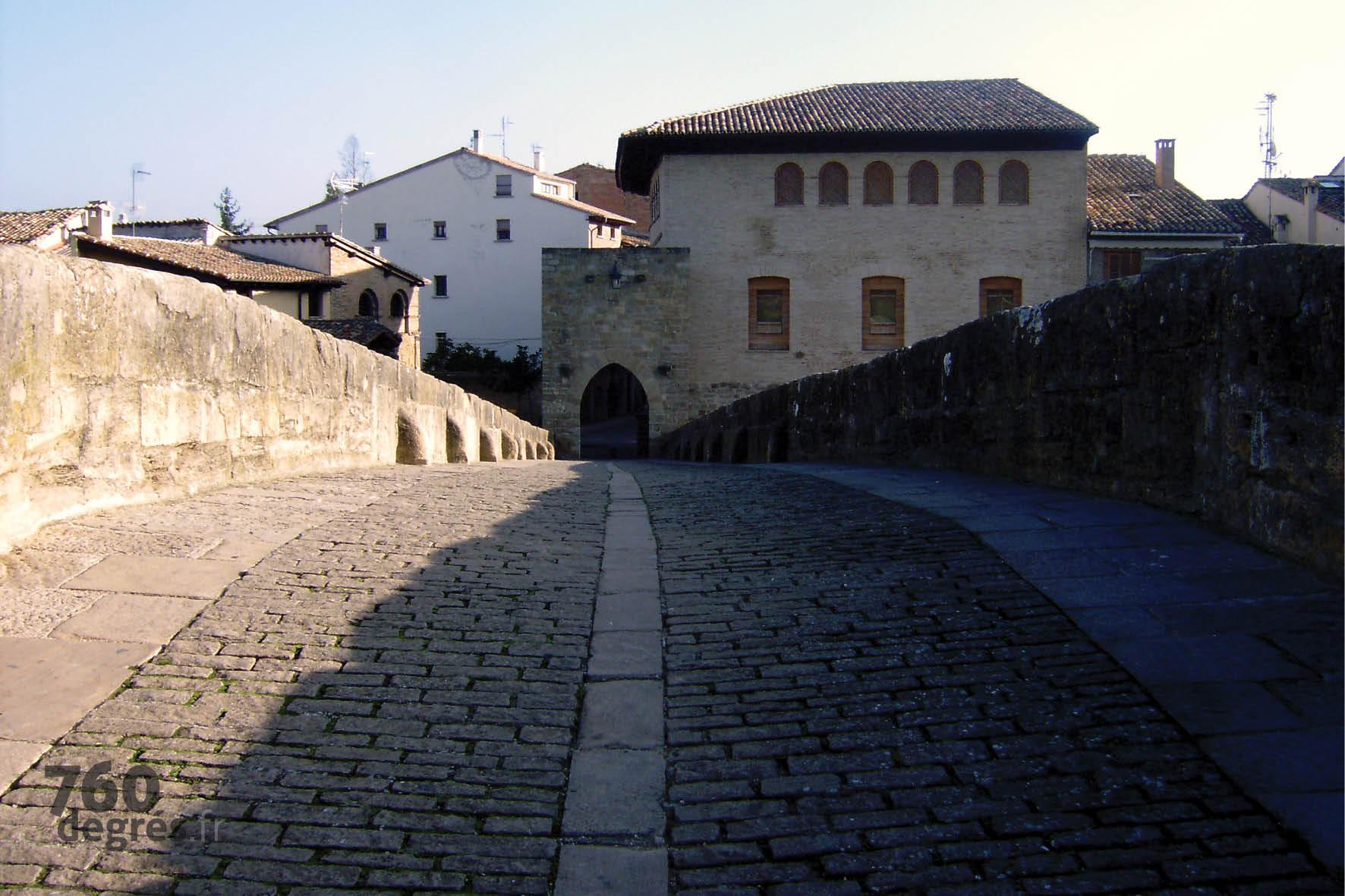 760degres-pays-basque-puente-la-reina-02