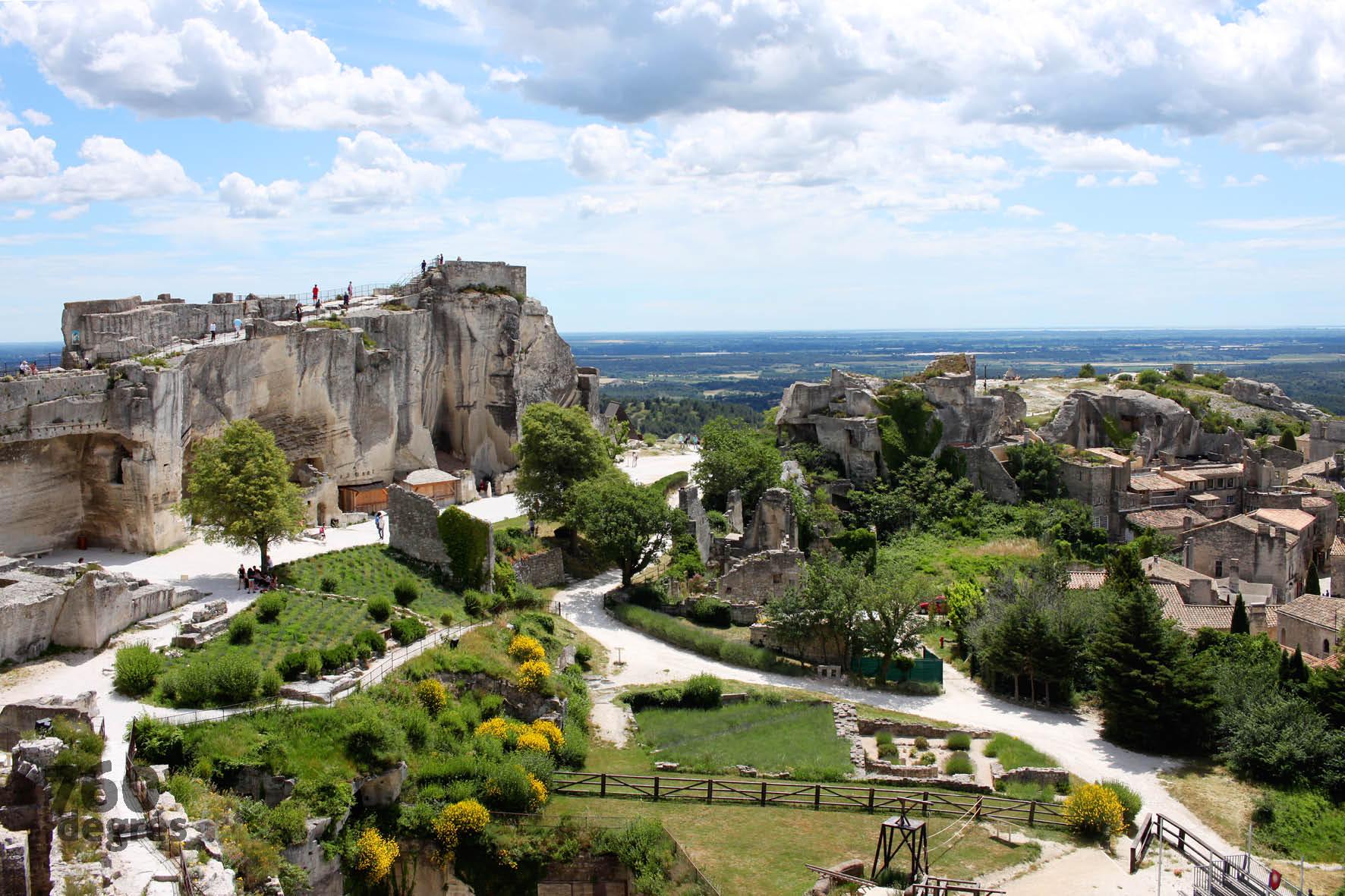 Une journ e touristique en provence - Pont royal en provence office du tourisme ...