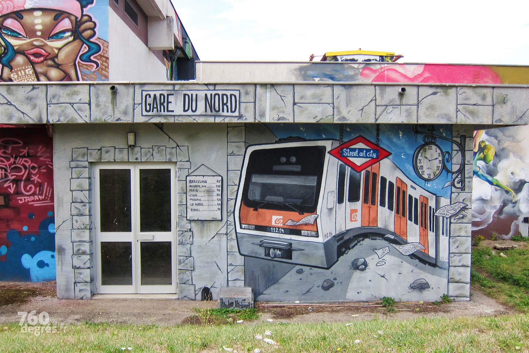 """SATER (Espagne) """"Ferro Caril Generalitat de Catalunya"""" - Une représentation dynamique du métro barcelonais, à la fois puissante et pleine de détails."""