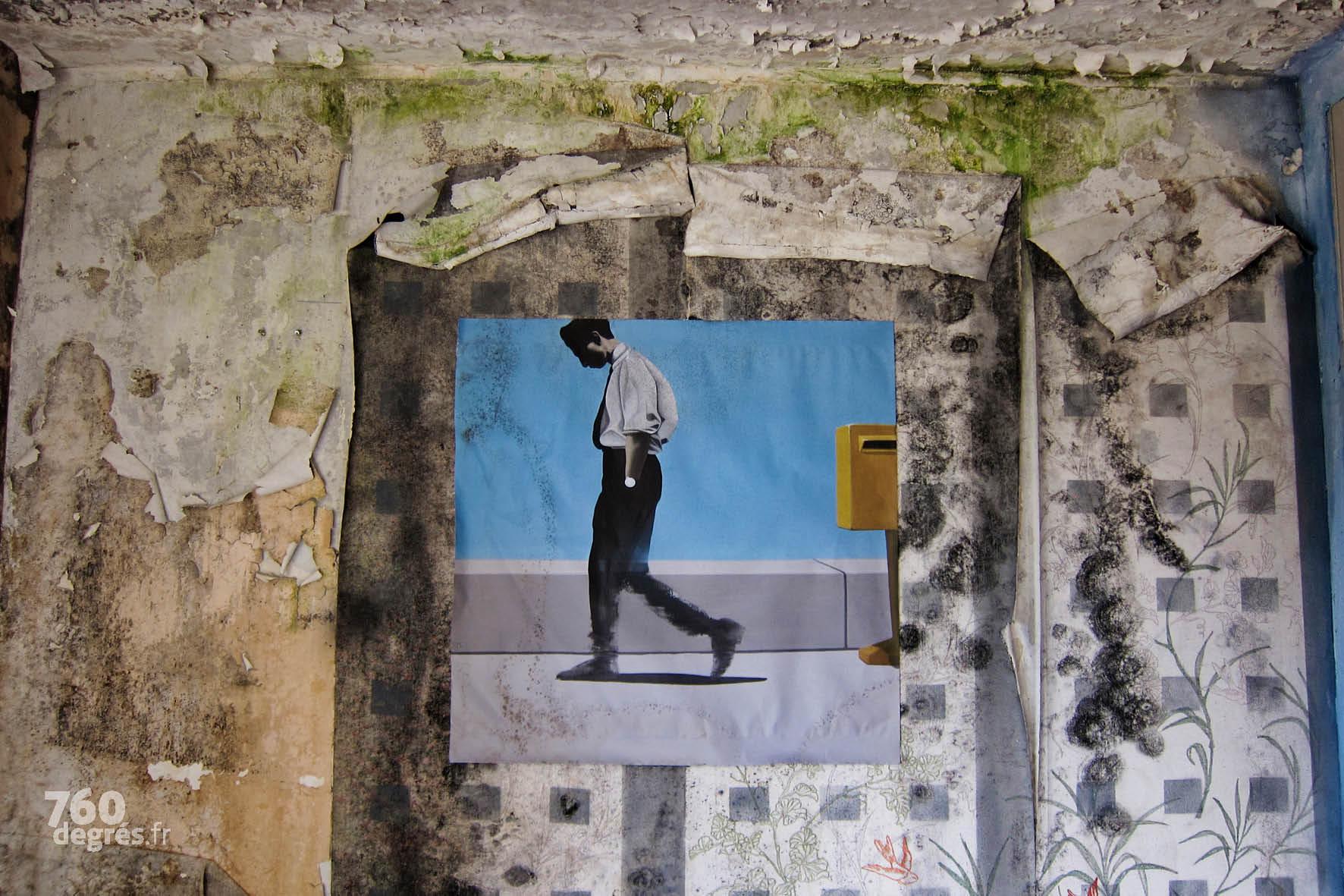 Cellule 91 - OJI & FVP (France) - Intérieur d'un appartement bourgeois - 2018